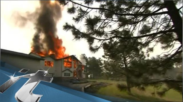 News video: Colorado Breaking News: Crews Working to Get More COLORADO Fire Evacuees Home